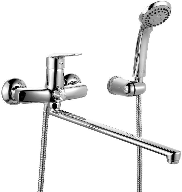 Смеситель для ванны Iddis Torr, с длинным изливом, с керамическим дивертором, цвет: хромTORSBL2i10Смеситель для ванны Iddis Torr изготовлен из высококачественной первичной латуни, прочной, безопасной и стойкой к коррозии. Инновационные технологии литья и обработки латуни, а также увеличенная толщина стенок смесителя обеспечивают его стойкость к перепадам давления и температур. Увеличенное никель-хромовое покрытие полностью соответствует европейским стандартам качества, обеспечивает его стойкость и зеркальный блеск в течение всего срока службы изделия. Благодаря гладкой внутренней поверхности смесителя, рассекателям в водозапорных механизмах и аэратору он имеет минимальный уровень шума.Смеситель оборудован керамическим дивертором, чей сверхнадежный механизм обеспечивает плавное и мягкое переключение с излива на душ, а также непревзойденную надежность при любом давлении воды.Картридж Softap обеспечивает особую плавность хода ручки смесителя – для точной регулировки температуры и напора воды.Съемный пластиковый аэратор Neoperl гарантирует ровный и мягкий поток воды без брызг. Встроенный ограничитель потока оптимизирует расход воды без потери комфорта при использовании.Длина излива: 350 мм.В комплекте: лейка (3 режима) и шланг из нержавеющей стали длиной 1,5 м с защитой от перекручивания.Гарантия на смесители Iddis - 10 лет.