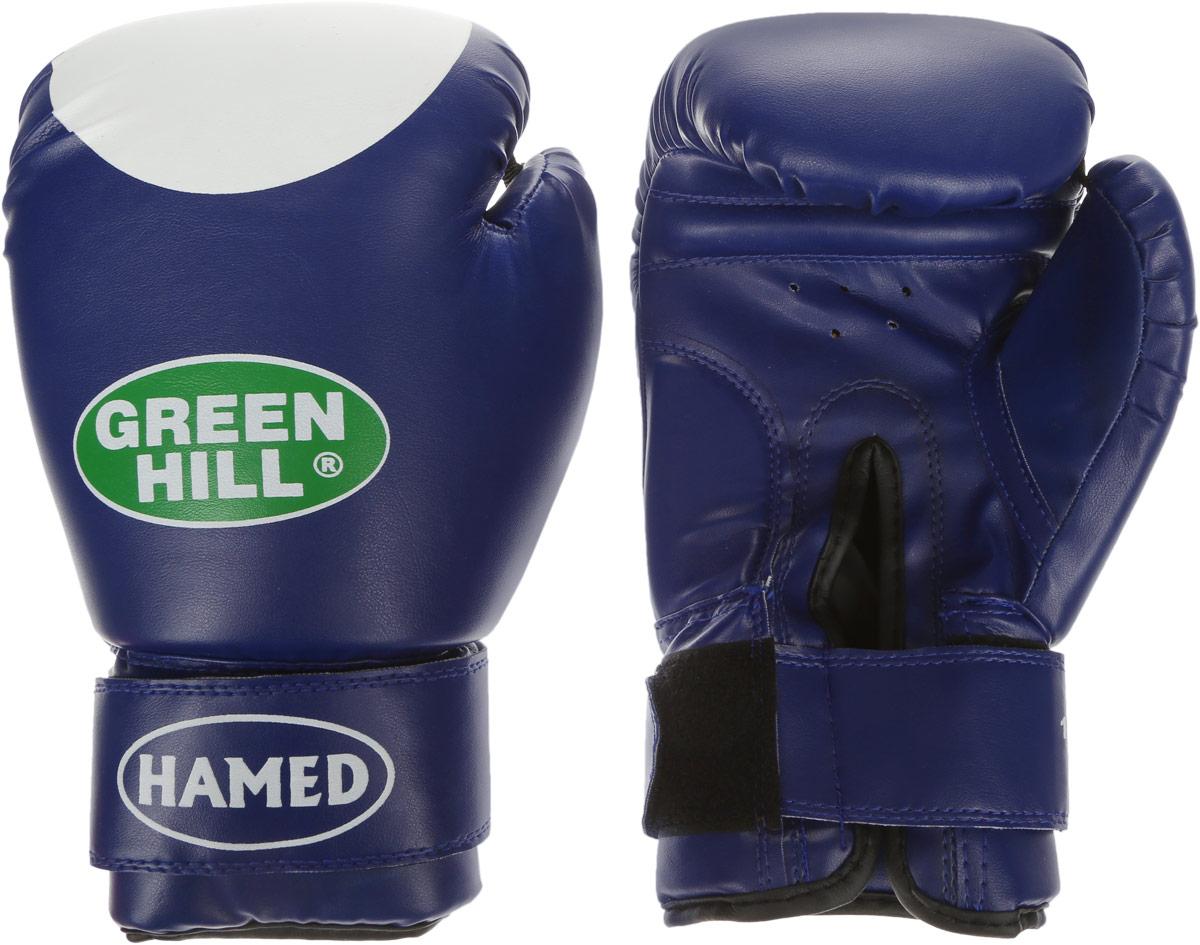 Перчатки боксерские Green Hill Hamed, цвет: синий, белый. Вес 12 унцийG-2036212Боксерские перчатки Green Hill Hamed прекрасно подойдут для прогрессирующих спортсменов. Верх выполнен из искусственной кожи, наполнитель - из пенополиуретана. Перфорированная поверхность в области ладони позволяет создать максимально комфортный терморежим во время занятий. Широкий ремень, охватывая запястье, полностью оборачивается вокруг манжеты, благодаря чему создается дополнительная защита лучезапястного сустава от травмирования. Перчатки прекрасно сидят на руке. Застежка на липучке способствует быстрому и удобному надеванию перчаток, плотно фиксирует перчатки на руке.