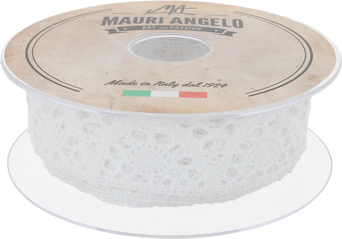 Лента кружевная Mauri Angelo, цвет: белый, 3 см х 10 мMR3321_белыйДекоративная кружевная лента Mauri Angelo - текстильное изделие без тканой основы, в котором ажурный орнамент и изображения образуются в результате переплетения нитей. Кружево применяется для отделки одежды, белья в виде окаймления или вставок, а также в оформлении интерьера, декоративных панно, скатертей, тюлей, покрывал. Главные особенности кружева - воздушность, тонкость, эластичность, узорность.Декоративная кружевная лента Mauri Angelo станет незаменимым элементом в создании рукотворного шедевра. Ширина: 3 см.Длина: 10 м.