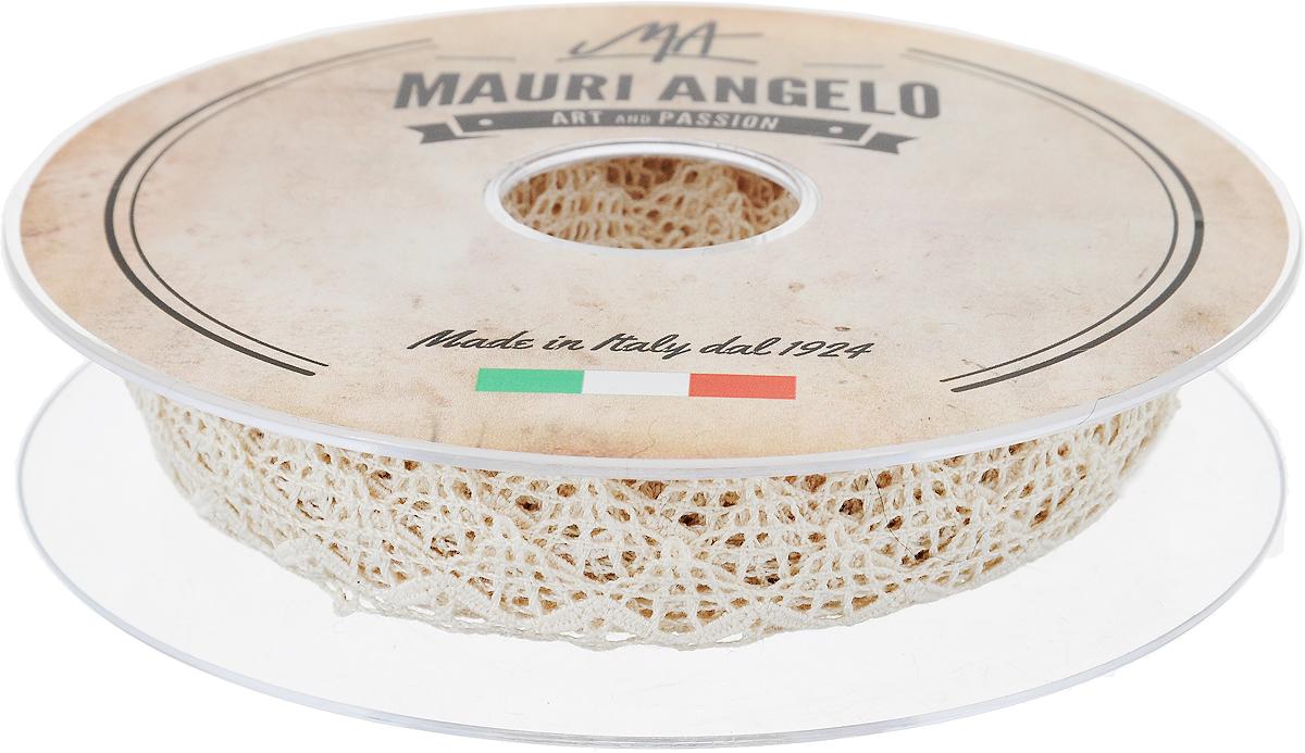 Лента кружевная Mauri Angelo, цвет: бежевый, 1,5 см х 20 мMR1046/E_бежевыйДекоративная кружевная лента Mauri Angelo - текстильное изделие без тканой основы, в котором ажурный орнамент и изображения образуются в результате переплетения нитей. Кружево применяется для отделки одежды, белья в виде окаймления или вставок, а также в оформлении интерьера, декоративных панно, скатертей, тюлей, покрывал. Главные особенности кружева - воздушность, тонкость, эластичность, узорность.Декоративная кружевная лента Mauri Angelo станет незаменимым элементом в создании рукотворного шедевра. Ширина: 1,5 см.Длина: 20 м.