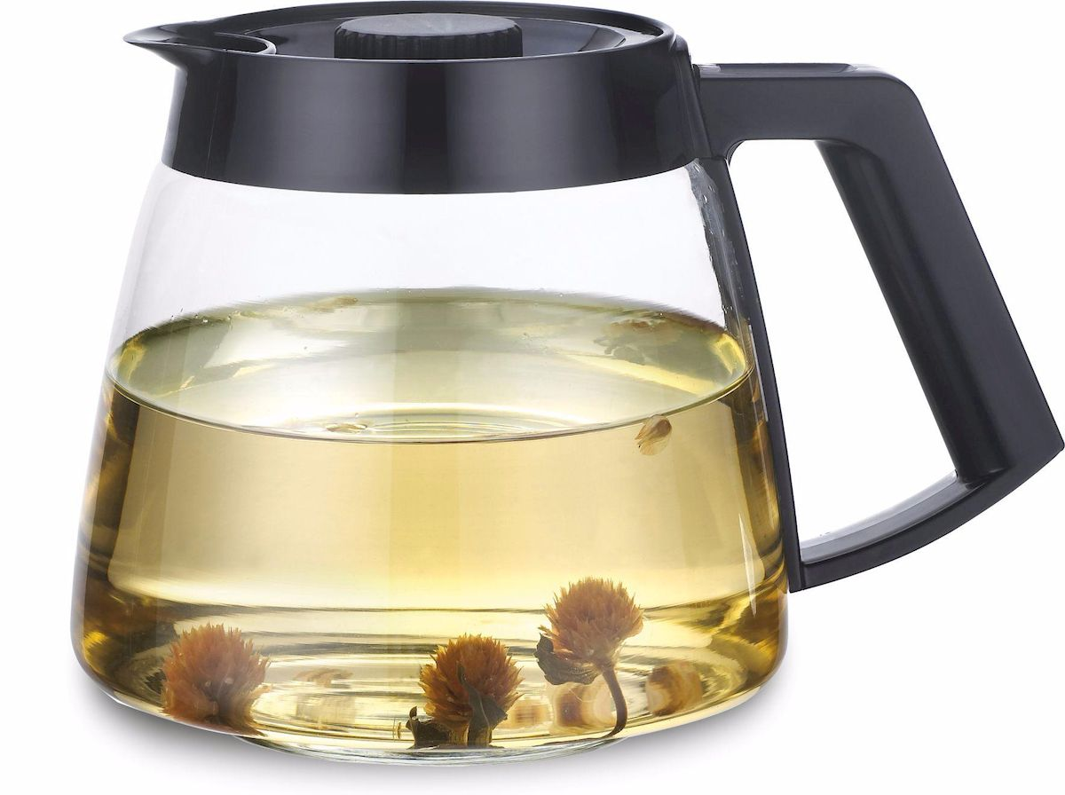 Чайник заварочный Calve, 1,8 л. CL-7006CL-7006Заварочный чайник Calve имеет элегантный и практичный дизайнИдеально подходит для заваривания чая и травВысококачественное жаростойкое стеклоРазборная конструкция для удобства уходаПластиковые части корпуса из пищевого пластикаЖаропрочность стекла до 100°Советы по уходу и использованию:Чайник не предназначен для нагрева на плите или на открытом огнеНе рекомендуется мыть чайник в посудомоечной машинеЕсли на стекле появились трещины, прекратите использование чайникаНе ставьте горячий чайник на холодную поверхность, используйте подставку под горячееОбъем 1800 мл