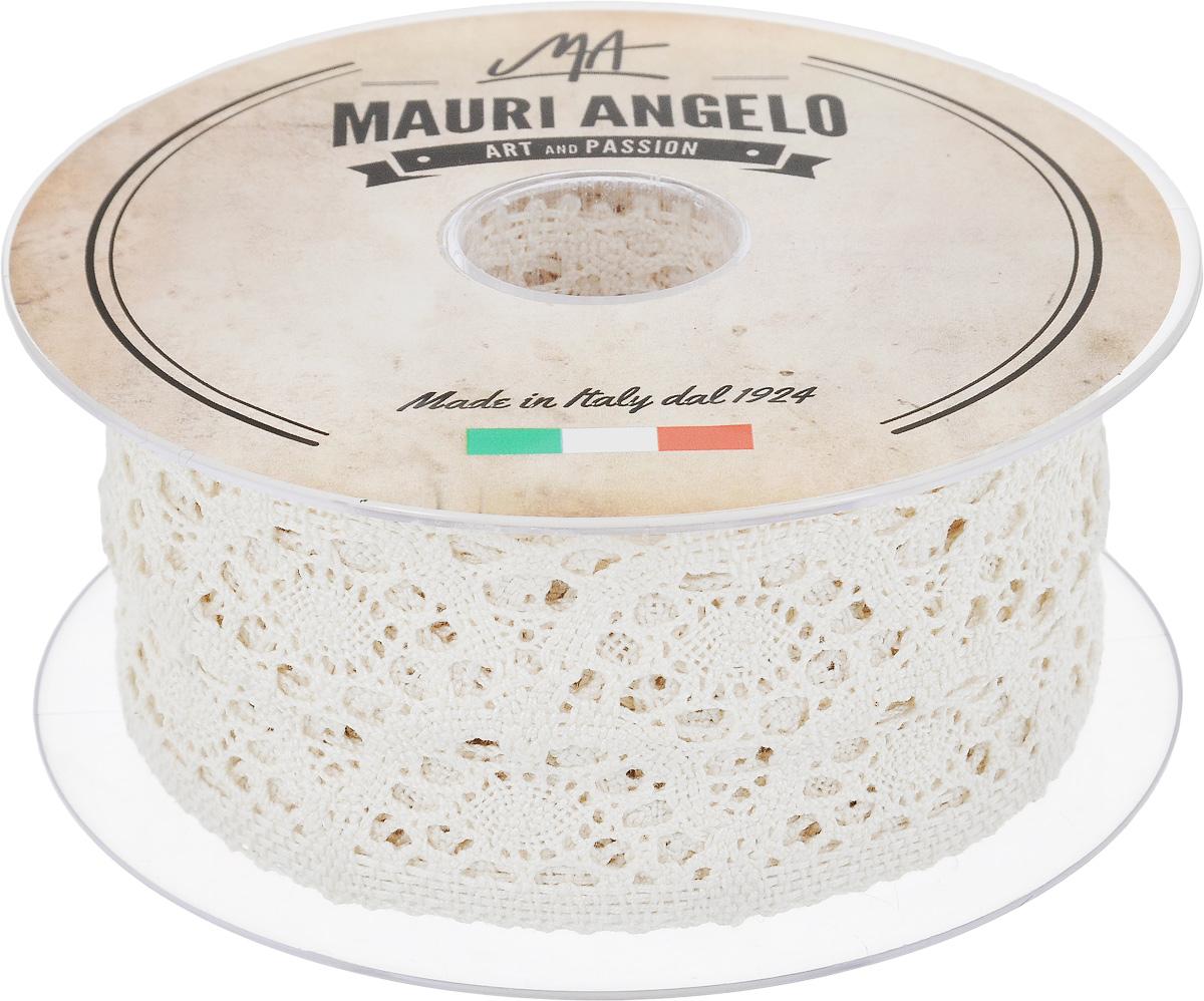 Лента кружевная Mauri Angelo, цвет: кремовый, 5 см х 10 м. MR4251/EMR4251/EДекоративная кружевная лента Mauri Angelo выполнена из высококачественного хлопка. Кружево применяется для отделки одежды, постельного белья, а также в оформлении интерьера, декоративных панно, скатертей, тюлей, покрывал. Главные особенности кружева - воздушность, тонкость, эластичность, узорность.Такая лента станет незаменимым элементом в создании рукотворного шедевра.