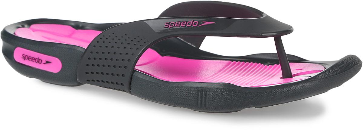 Сланцы женские Speedo Pool Surfer Thong, цвет: розовый, серый. 8-09189A600-A600. Размер 7 (38,5)8-09189A600-A600Оригинальные женские сланцы Speedo Pool Surfer Thong очень удобны и невероятно легки. Верх обуви выполнен из термополиуретана и оформлен брендовой надписью. Эргономичная стелька из материала ЭВА, который имеет пористую структуру, обладает великолепными теплоизоляционными и морозостойкими свойствами, 100% водонепроницаемостью, придает обуви амортизационные свойства, мягкость при ходьбе, устойчивость к истиранию подошвы. Специальный рисунок подошвы как с внутренней, так и с внешней стороны, гарантирует оптимальное сцепление при ходьбе, как по сухой, так и по влажной поверхности. Дренажные каналы на подошве распределяют воду, увеличивая для подошвы площадь контакта и обеспечивая максимальное сцепление с мокрой поверхностью. Сланцы - очень практичная и удобная летняя обувь. Они прекрасно подойдут для прогулок по пляжу или для похода в бассейн.
