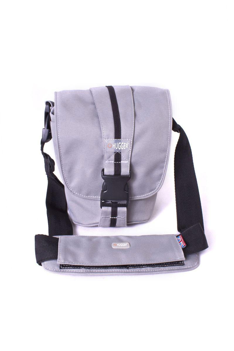 Hugger Cookie Tin, Grey Sky сумка для фотокамеры2374Hugger Cookie Tin - простая и стильная мини-сумка для зеркальной камеры. Вертикальная лента с полоской вокруг сумки может быть использована как ручка для переноски. Имеются также надежная пыле-и влагозащита и передний отсек для хранения аксессуаров.Задний карман на молнии для документов и денегСъемный плечевой ремень и шлица для ношения на поясеСъемная площадка на ремне с кольцом для мобильного телефонаТолстые стенки для надежной защиты камеры от механических поврежденийВысокий уровень защиты от влагиЛегкий весПротиводождевой чехол и фирменный платок в комплекте
