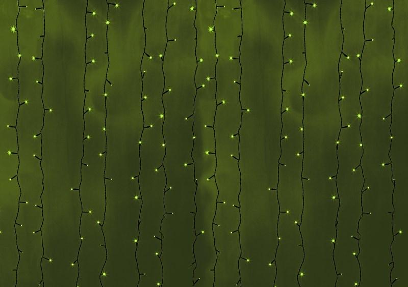 Гирлянда Neon-Night Светодиодный Дождь, постоянное свечение, цвет: черный, зеленый, 2 х 3 м235-144Гирлянда Светодиодный Дождь представляет собой гибкий горизонтальный шнур-шину (2м), к которому через определенные промежутки крепятся вертикальные нити (20 шт.) со светодиодными лампами, которые отличаются от «Бахромы» тем, что имеют одинаковую, достаточно значительную длину, часто превышающую протяженность шины. На концах каждой шины есть разъем и штепсель, которые предназначены для последовательного соединения нескольких световых дождей в большой занавес ПЛЕЙ-ЛАЙТ. Используя занавес, можно не только создавать красивые световые занавесы или оформлять различные плоскости, например, фасады домов, окна и т.д., но и украшать объемные объекты. Гирлянду, работающую в непрерывном свечении, называют фиксинг, а использующую режим светодинамики – чейзинг. Светодинамические эффекты становятся доступными только при подключении гирлянды к сети через специальный контроллер.Сегодня в гирляндах источником света служат светодиоды, которые пришли на смену применявшимся ранее лампам накаливания. С полупроводниковыми источниками гирлянда стала более надежной, потребляет меньше энергии, обрела более насыщенное сияние. Данная гирлянда имеет зеленый цвет свечения светодиодов.