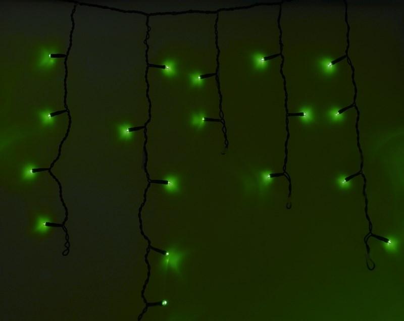 Гирлянда Neon-Nigh Айсикл, светодиодная бахрома, цвет: черный, зеленый, 4,8 х 0,6 м255-134Гирлянда Айсикл плей-лайт - это световой дождь с нитями разной длины. Она имитирует сосульки и может послужить эффектным и оригинальным решением при декорировании карнизов домов, оконных проемов, арок и других элементов как фасадов здания, так и интерьеров внуренних помещений. Благодаря использованию в гирлянде светодиодов ее отличительной особенностью является изрядная яркость и низкое энергопотребление. Цвет свечения зеленый. Цвет провода темно-зеленый. Степень влагозащиты позволяет использование на улице. При длине 4,8 метра гибкая направляющая имеет 48 нитей длиной от 20 до 60 см.