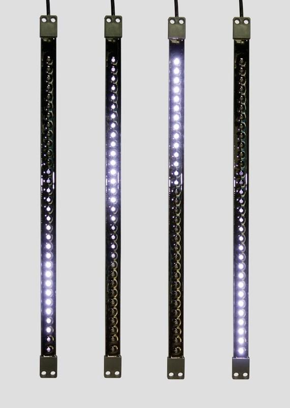 Гирлянда Neon-Night Сосулька, светодиодная, двухсторонняя, 32х2 LED, цвет: черный, белый, 50 см256-125«Светодиодная сосулька» - это оригинальное, красивое и современное средство оформления фасадов и интерьеров зданий, деревьев, витрин и т.д. Она представляет собой прямоугольную трубку длиной 50 см в пластиковом корпусе чёрного цвета. Внутри надежно закреплена двусторонняя тонкая плата со светодиодами и микрочипом, обеспечивающим динамику с эффектом стекающей капли. Гирлянда работает от напряжения 9,5 V и имеет влагозащищённое исполнение, что позволяет безопасно использовать её как в помещении, так и на улице. «Светодиодные сосульки» соединяются в единую цепь с помощью комплектов для подключения - арт. 256-152 (4 шт.) или 256-153 (5 шт) и затем подключаются к бытовой сети через понижающий трансформатор - арт. 256-154. Вы самостоятельно сможете создать красивую световую композицию, соединив между собой несколько таких комплектов. Как и другие светодиодные изделия, «Тающие сосульки» отличаются большим сроком службы (не менее 50000 часов при правильной эксплуатации) и очень низким энергопотреблением. Дополнительным преимуществом наших «Светодиодных сосулек» является то, что при их изготовлении испрользуются японские светодиоды Nichia. Цвет светодиодов - белый. Гирлянда представлена в нескольких цветах.