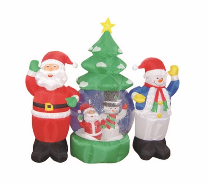 3D фигура надувная Neon-Night Дед Мороз и Снеговик, с подсветкой, диаметр шара 120 см511-053Надувная фигура выполнена из прочной капроновой ткани и ПВХ. Наполняется воздухом при помощи компрессора. Внутри прозрачного шара, благодаря наличию шариков пенопласта и циркуляции воздуха от компрессора, создается эффект падающего снега. Чтобы легкая и большая по площади конструкция не была унесена порывом ветра, предусмотрены специальные крепления к земле, прилагаемые в комплекте с фигурой. Внутри конструкции сделана подсветка, что придает еще большей эффектности фигурам и выделяет их в темное время суток.