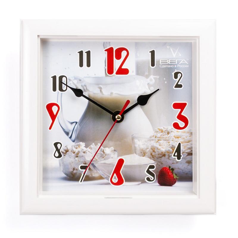 Часы настенные Вега Кувшин с молокомП3-7-109Оригинальные настенные часы квадратной формы Вега Кувшин с молоком выполнены из пластика. Часы имеют три стрелки - часовую, минутную и секундную. Необычное дизайнерское решение и качество исполнения придутся по вкусу каждому.Оформите свой дом таким интерьерным аксессуаром или преподнесите его в качестве презента друзьям, и они оценят ваш оригинальный вкус и неординарность подарка.Часы работают от 1 батарейки типа АА напряжением 1,5 В(батарейка в комплект не входит).