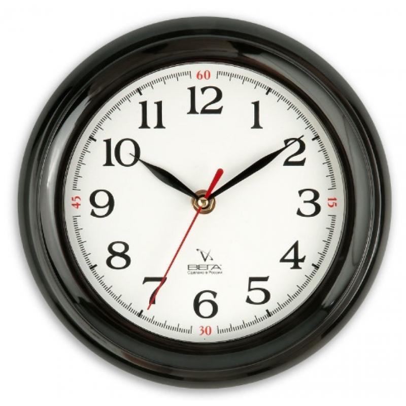 Часы настенные Вега Классика белая, цвет: черныйП6-6-18Оригинальные настенные часы круглой формы Вега Классика белая выполнены из пластика. Часы имеют три стрелки - часовую, минутную и секундную. Необычное дизайнерское решение и качество исполнения придутся по вкусу каждому. Оформите свой дом таким интерьерным аксессуаром или преподнесите его в качестве презента друзьям, и они оценят ваш оригинальный вкус и неординарность подарка.Часы работают от 1 батарейки типа АА напряжением 1,5 В (в комплект не входит).