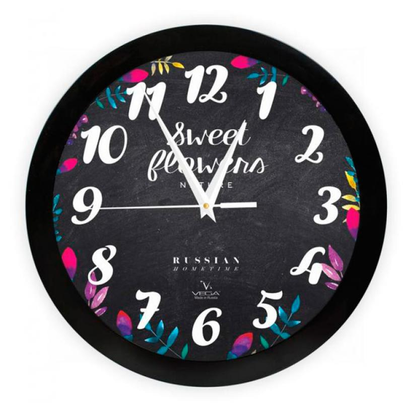 Часы настенные Вега Цветы на черномП1-6/6-299Оригинальные настенные часы круглой формы Вега Цветы на черномвыполнены из пластика. Часы имеют три стрелки - часовую, минутную и секундную. Необычное дизайнерское решение и качество исполнения придутся по вкусу каждому. Оформите свой дом таким интерьерным аксессуаром или преподнесите его в качестве презента друзьям, и они оценят ваш оригинальный вкус и неординарность подарка. Часы работают от 1 батарейки типа АА напряжением 1,5 В (в комплект не входит).