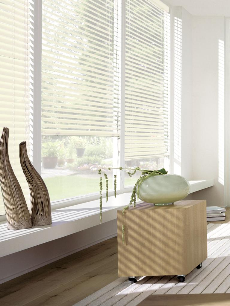 Жалюзи пластиковые Эскар, горизонтальные, цвет: ванильный, ширина 60 см, высота 160 см рулонные шторы эскар универсальное крепление без сверления для жалюзи и ролло на отрывающиеся окна