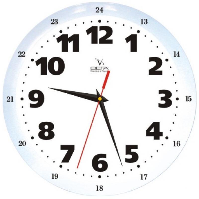"""Оригинальные настенные часы круглой формы Вега """"Классика"""" выполнены из пластика. Часы имеют три стрелки - часовую, минутную и секундную. Необычное дизайнерское решение и качество исполнения придутся по вкусу каждому. Оформите свой дом таким интерьерным аксессуаром или преподнесите его в качестве презента друзьям, и они оценят ваш оригинальный вкус и неординарность подарка.       Часы работают от 1 батарейки типа АА напряжением 1,5 В (в комплект не входит)."""
