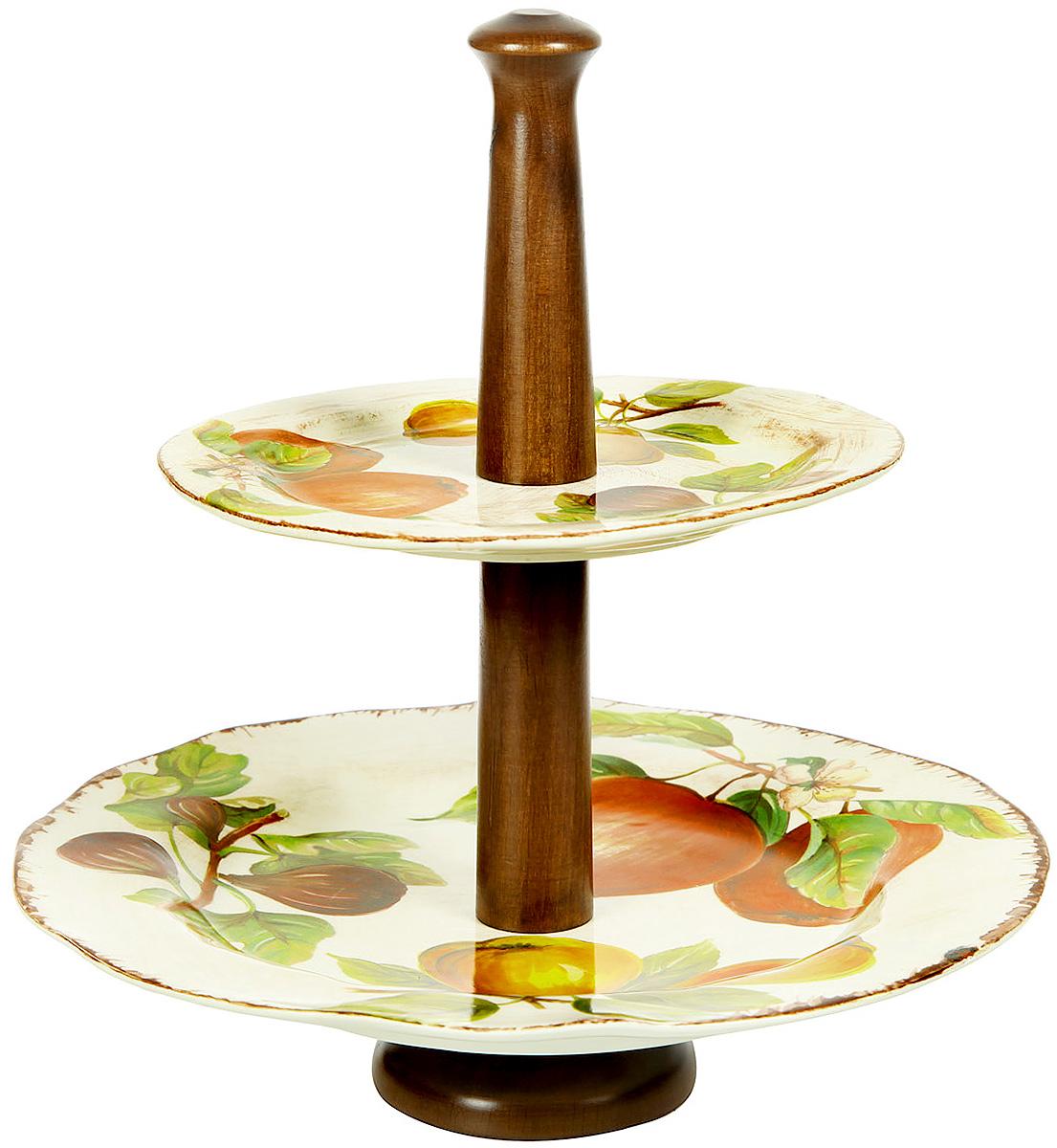 Горка двухъярусная Sestesi, высота 34 смFRTT/1055Создание компании, претендующей на мировую популярность, требует наличия определенной изюминки. Фирма Lavorazione Ceramiche Sestesi (LCS) – популярный производитель, известный своими первоклассными изделиями из керамики. Дизайнеры компании разрабатывают разнообразные декоры в современном и классическом стилях, ориентируясь на новомодные тенденции.Изделия снабжены подарочными упаковками, поэтому могут быть преподнесены в качестве подарка к любому торжеству. Собрав набор из различных предметов, вы сможете организовать прекрасный и, что особенно важно, функциональный презент молодоженам, новоселам или просто сделать приятный сюрприз для близкого человека.Прекрасные декоры, ручная роспись, превосходное качество и регулярное обновление коллекций позволило итальянской компании Lavorazione Ceramiche Sestesi достаточно быстро выйти на мировой уровень. Сегодня ее изделия известны далеко за рубежом. Роскошная керамика LCS по вкусу ценителям изысканной посуды, выполненной в флорентийском стиле. В сборе высота 34смнижний ярус 300 х 300 х 20 верхний ярус 215 х 215 х 15