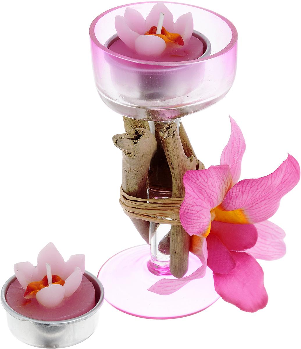 Набор свечей Lovemark Орхидея, с подсвечником, 3 предмета10GSS1122-PНабор Lovemark Орхидея представляет собой 2 свечи в виде цветков. В комплект входит стеклянный подсвечник в виде бокала на ножке, оформленного изысканным декоративным элементом в виде веточек и цветком орхидеи. Такой набор элегантно оформит интерьер вашего дома. Мерцание свечи создаст атмосферу романтики и уюта. Размер свечи: 4 х 4 х 3 см. Диаметр подсвечника (по верхнему краю): 5,5 см. Высота подсвечника: 11,8 см. Диаметр свечи: 3,5 см.