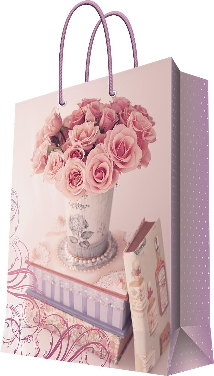 Пакет подарочный Magic Home Ваза с розами, 11 х 13,7 х 6,2 см44170Бумажный подарочный пакет Magic Home Кот на воздушном шаре, изготовленный из плотной бумаги, станет незаменимым дополнением к выбранному подарку. Дно изделия укреплено картоном, который позволяет сохранить форму пакета и исключает возможность деформации дна под тяжестью подарка. Пакет выполнен с ламинацией, что придает ему прочность, а изображению - яркость и насыщенность цветов. Для удобной переноски имеются две ручки в виде шнурков. Подарок, преподнесенный в оригинальной упаковке, всегда будет самым эффектным и запоминающимся. Окружите близких людей вниманием и заботой, вручив презент в нарядном, праздничном оформлении.Плотность бумаги: 140 г/м2.