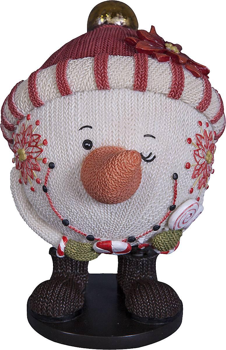 Статуэтка Mister Christmas Снеговик, высота 13 см. SM-5ASM-5AСтатуэтка Mister Christmas Снеговик выполнена из полистоуна в виде забавного снеговика. Она привлекает к себе внимание и буквально умиляет, заставляя улыбнуться.Такой сувенир станет отличным подарком родным или друзьям на Новый год, а также он украсит интерьер вашего дома или офиса.Высота статуэтки: 13 см.