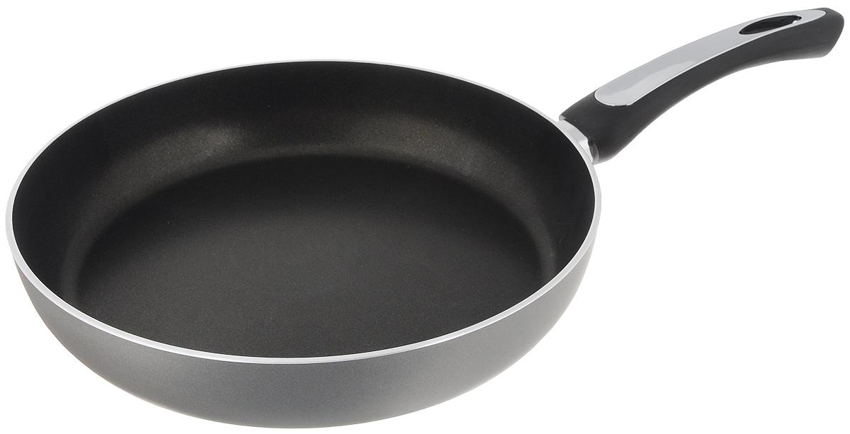 Сковорода Scovo President, с антипригарным покрытием. Диаметр 28 смSP-005Сковорода Scovo President выполнена из алюминия и имеет антипригарное покрытие. Покрытие исключает прилипание и пригорание пищи к поверхности посуды, обеспечивает легкость мытья посуды, исключает необходимость использования большого количества масла, что способствует приготовлению здоровой пищи с пониженной калорийностью.Сковорода оснащена пластиковой ручкой, благодаря чему она удобно уместится в руке и не выскользнет.Сковорода подходит для газовых, электрических и стеклокерамических плит. Также ее можно мыть в посудомоечной машине. Диаметр сковороды: 28 см. Высота стенки: 5,5 см.
