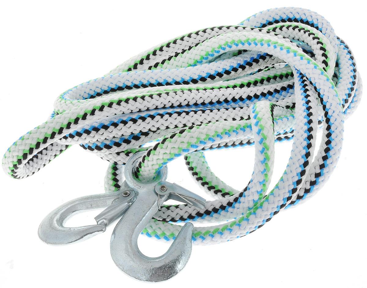 Трос-шнур альпинистский Главдор, с 2 крюками, цвет: белый,синий,голубой, диаметр 16 мм, 5 т, 4,73 мGL-253_белый,синий,голубойАльпинистский трос Главдор представляет собой шнур из сверхпрочной полипропиленовой нити с двумя стальными крюками. Специальное плетение веревки обеспечивает эластичность троса и плавный старт автомобиля при буксировке. На протяжении всего срока службы не меняет свои линейные размеры.Трос морозостойкий и влагостойкий. Длина троса соответствует ПДД РФ.Буксировочный трос обязательно должен быть в каждом автомобиле. Он необходим на случай аварийной ситуации или если ваш автомобиль застрял на бездорожье. Максимальная нагрузка: 5 т.Длина троса: 4,73 м.Диаметр троса: 16 мм.Уважаемые клиенты! Обращаем ваше внимание на цветовой ассортимент товара. Поставка осуществляется в зависимости от наличия на складе.