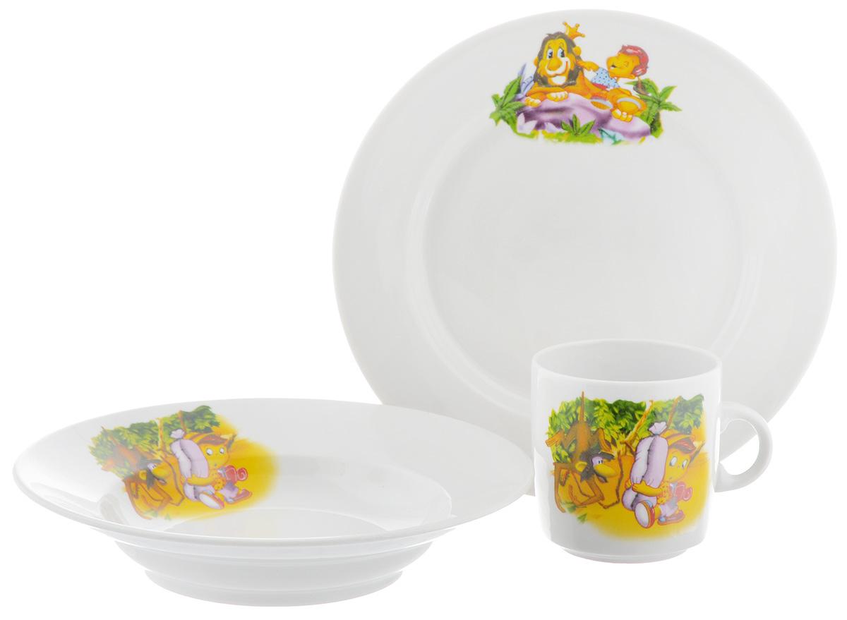 Набор детской посуды Фарфор Вербилок Джунгли, 3 предмета18131450Набор посуды Джунгли изготовлен из высококачественного экологически чистого фарфора. В набор входят 3 предмета: кружка детская, плоская тарелка и тарелка для супа. Посуда оформлена красочными рисунками. Набор, несомненно, привлечет внимание вашего ребенка и не позволит ему скучать. Порадуйте своего ребенка этим замечательным набором! Диаметр кружки: 7 см. Высота кружки: 7,5 см. Диаметр тарелки для супа: 19,5 см. Высота тарелки для супа: 4 см. Диаметр плоской тарелки: 20 см. Высота плоской тарелки: 2,5 см.УВАЖАЕМЫЕ КЛИЕНТЫ! Обращаем ваше внимание на возможные изменения в дизайне, связанные с ассортиментом продукции. Изображения в пределах одной тематики. Поставка осуществляется в зависимости от наличия на складе.
