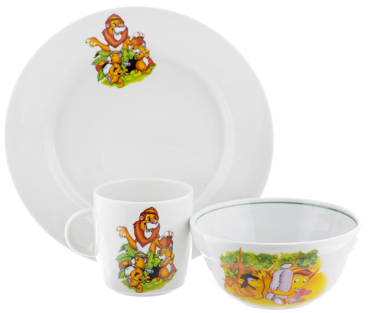 Набор детской посуды Фарфор Вербилок Лев, 3 предмета18141280Набор посуды Лев изготовлен из высококачественного экологически чистого фарфора. В набор входят 3 предмета: кружка детская, тарелка и салатница. Посуда оформлена красочными рисунками. Набор, несомненно, привлечет внимание вашего ребенка и не позволит ему скучать. Порадуйте своего ребенка этим замечательным набором! Диаметр кружки: 7 см. Высота кружки: 7,5 см. Диаметр салатницы: 12 см. Высота салатницы: 5,5 см. Диаметр тарелки: 20 см. Высота тарелки: 2,5 см.