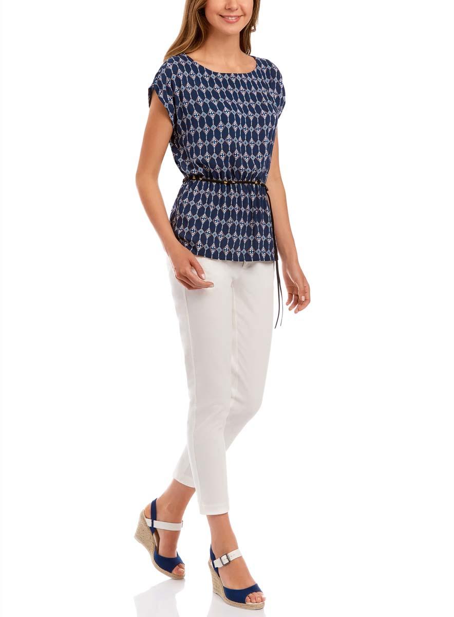 Блузка женская oodji Ultra, цвет: темно-синий, персиковый. 11400345-1/24681/7954E. Размер 38 (44-170)11400345-1/24681/7954EЖенская блузка oodji Ultra без рукавов исполнена из легкой свободной ткани. Имеет резинку на талии и аксессуар-пояс в комплекте
