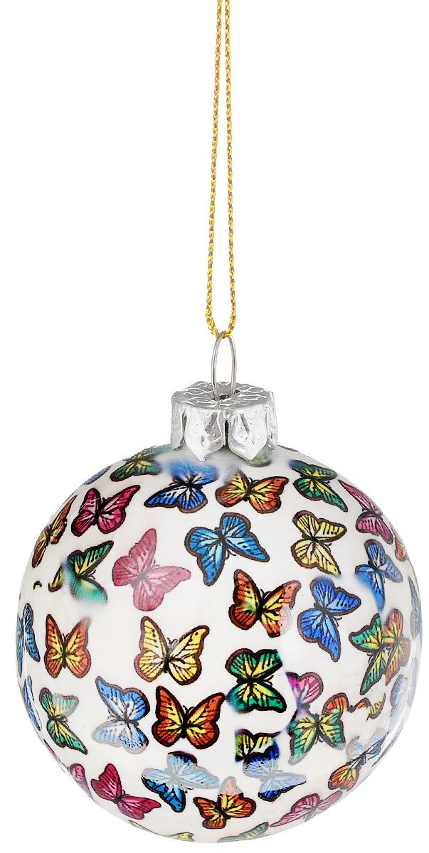 """Новогоднее подвесное украшение Lillo """"Шарик"""" выполнено из керамики в форме шара. С помощью специальной петельки украшение можно повесить в  любом понравившемся вам месте. Но, конечно, удачнее всего оно будет смотреться на праздничной елке.  Елочная игрушка - символ Нового года. Она несет в себе волшебство и красоту праздника. Создайте в своем доме атмосферу веселья и радости, украшая  новогоднюю елку нарядными игрушками, которые будут из года в год накапливать теплоту воспоминаний."""