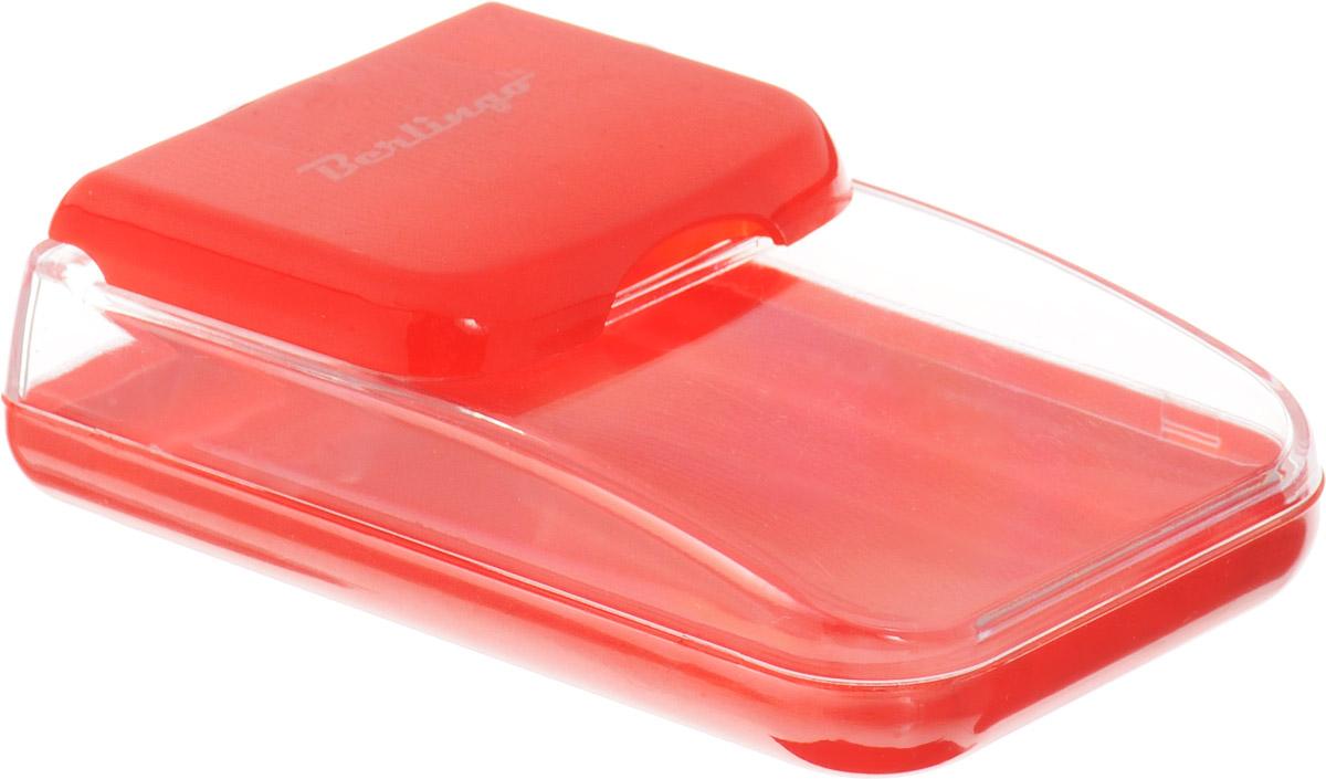 Berlingo Диспенсер для скрепок магнитный цвет красныйDBd_00029_красныйДиспенсер Berlingo выполнен из пластика и представляет собой вместительный резервуар с крышкой, оснащенной магнитом, предохраняющим скрепки от потери и позволяющим всегда держать их под рукой. Диспенсер для скрепок Berlingo - современный и практичный офисный атрибут, который поможет в удобной организации рабочего пространства и станет стильным украшением рабочего стола.