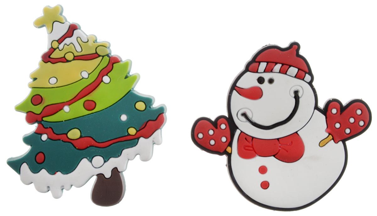 Магниты B&H Снеговик, елка, 2 штBH1077_снеговик, ёлкаМагниты B&H Снеговик, елка прекрасно дополнят интерьер помещения в преддверии Нового года. Магниты выполнены из резины в виде забавных фигурок снеговика и елочки. Создайте в своем доме атмосферу веселья и радости, украшая его к Новому году. Откройте для себя удивительный мир сказок и грез. Почувствуйте волшебные минуты ожидания праздника, создайте новогоднее настроение вашим родным и близким. Средний размер магнитов: 5 х 5,5 см.