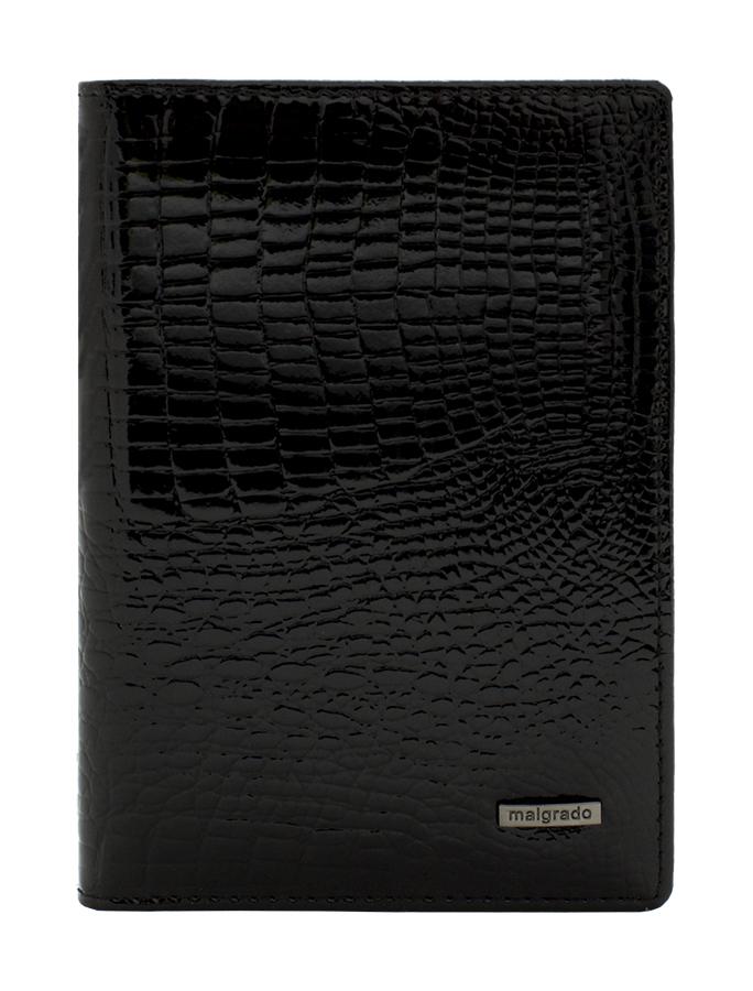 Обложка для паспорта Malgrado, цвет: черный. 54019-1-46#54019-1-46# BlackСтильная обложка для паспорта Malgrado изготовлена из натуральной лакированной кожи черного цвета с тиснением под рептилию. Внутри содержит прозрачное пластиковое окно, съемный прозрачный вкладыш для полного комплекта автодокументов, пять отделений для кредитных и дисконтных карт. Обложка упакована в подарочную картонную коробку с логотипом фирмы. Такая обложка станет замечательным подарком человеку, ценящему качественные и практичные вещи. Характеристики:Материал: натуральная кожа, пластик. Размер обложки: 13,5 см х 9,5 см х 1,5 см. Цвет: черный. Размер упаковки:15,5 см х 11,5 см х 3,5 см. Артикул: 54019-1-46#.
