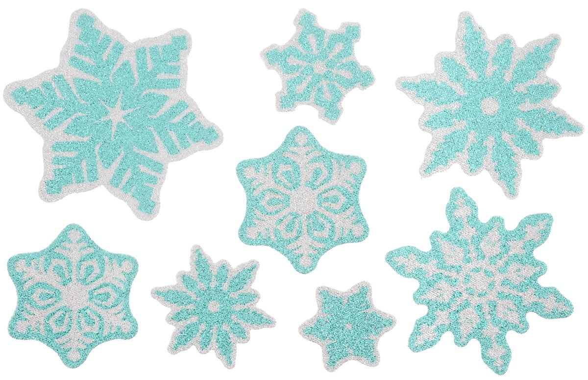 Новогоднее оконное украшение Winter Wings Снежинки, 8 штN09224Набор Winter Wings Снежинки состоит из восьми наклеек на окно, выполненных из ПВХ.С помощью наклеек Winter Wings Снежинки можно составлять на стекле целые зимние сюжеты, которые будут радовать глаз, и поднимать настроение в праздничные дни! Так же вы можете преподнести этот сувенир в качестве мини-презента коллегам, близким и друзьям с пожеланиями счастливого Нового Года!Средний размер наклеек: 9,5 х 9,5 см.