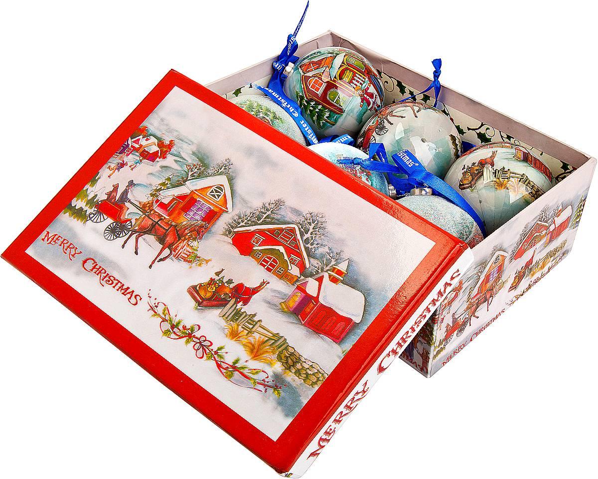 Набор новогодних подвесных украшений Mister Christmas Папье-маше, диаметр 7,5 см, 6 шт. PM-13-6PM-13-6Набор из 6 подвесных украшений Mister Christmas Папье-маше прекрасно подойдет для праздничного декора новогодней ели. Изделия, выполненные из бумаги и покрытые несколькими слоями лака, очень прочные и легкие. Такие шары создадут единый стиль в оформлении не только ели, но и интерьера вашего дома. В наборе игрушки имеют глянцевую поверхность и покрытые мелкой пластиковой крошкой.Все изделия оснащены атласной ленточкой с логотипом бренда Mister Christmas для подвешивания. Такие украшения станут превосходным подарком к Новому году, а так же дополнят коллекцию оригинальных новогодних елочных игрушек.