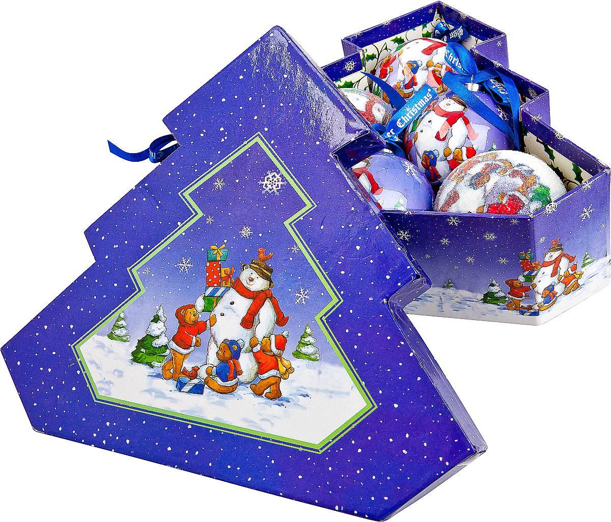 Набор новогодних подвесных украшений Mister Christmas Папье-маше, диаметр 7,5 см, 6 шт. PM-14-6TPM-14-6TНабор из 6 подвесных украшений Mister Christmas Папье-маше прекрасно подойдет для праздничного декора новогодней ели. Изделия, выполненные из бумаги и покрытые несколькими слоями лака, очень прочные и легкие. Такие шары создадут единый стиль в оформлении не только ели, но и интерьера вашего дома. В наборе игрушки имеют глянцевую поверхность и покрытые мелкой пластиковой крошкой.Все изделия оснащены атласной ленточкой с логотипом бренда Mister Christmas для подвешивания. Такие украшения станут превосходным подарком к Новому году, а так же дополнят коллекцию оригинальных новогодних елочных игрушек.