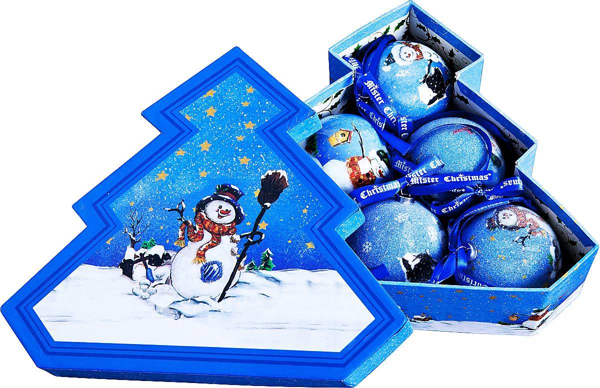 Набор новогодних подвесных украшений Mister Christmas Папье-маше, диаметр 7,5 см, 6 шт. PM-27-6TPM-27-6TНабор из 6 подвесных украшений Mister ChristmasПапье-маше прекрасно подойдет для праздничногодекора новогодней ели. Изделия, выполненные избумаги и покрытые несколькими слоями лака, оченьпрочные и легкие. Такие шары создадут единый стиль воформлении не только ели, но и интерьера вашего дома.В наборе игрушки имеют глянцевую поверхность ипокрытые мелкой пластиковой крошкой. Все изделия оснащены атласной ленточкой с логотипомбренда Mister Christmas для подвешивания.Такие украшения станут превосходным подарком кНовому году, а так же дополнят коллекцию оригинальныхновогодних елочных игрушек.