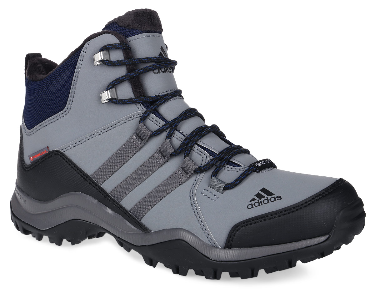 Ботинки мужские adidas CW Winterhiker II C, цвет: серый, черный. AQ4111. Размер 11,5 (45)AQ4111Мужские туристические ботинки CW Winterhiker II C от adidas предназначены для пеших походов в суровых зимних условиях. Прочный верх из искусственной кожи с текстильным голенищем, мягкая подкладка из искусственного меха и литая стелька обеспечивают комфорт и удобную посадку. Водонепроницаемая мембрана Climaproof защищает ноги от влаги, технология Climawarm сохраняет ноги в тепле и сухости. Подошва из резины Continental обеспечивает непревзойденное сцепление даже с влажной поверхностью. Высокотехнологичный синтетический наполнитель Primaloft продолжает греть даже во влажном состоянии, вставка Adiprene в пяточной части превосходно амортизирует при ударных нагрузках. Классическая шнуровка надежно зафиксирует модель на ноге. По бокам модель оформлена фирменными тремя полосками.