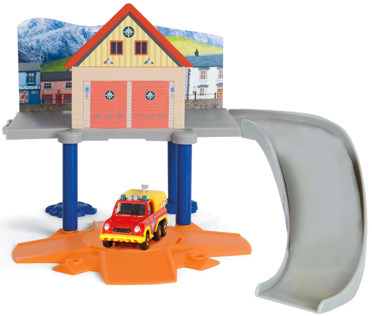 Dickie Toys Игровой набор Маленький пожарный гараж dickie toys машинка bumblebee tin box