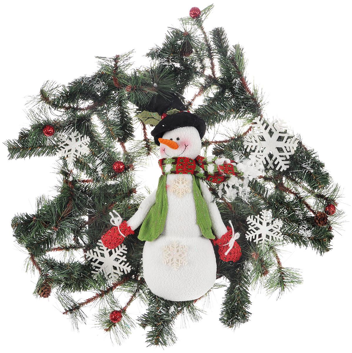 Венок новогодний Рождественский венок, с подсветкой, цвет: зеленый, белый, 56 х 10 х 56 см75232Декоративное украшение Рождественский венок дополнит интерьер любого помещения в преддверии Нового года, а также может стать оригинальным подарком для ваших друзей и близких. Композиция выполнена в виде венка с искусственными елочными ветками и фигуркой снеговика. Ветки украшены шишками и снежинками. Изделие оснащено яркой светодиодной подсветкой. Оформление помещения декоративным венком создаст праздничную, по-настоящему радостную и теплую атмосферу.Светодиодная подсветка работает от 3 батареек типа АА.