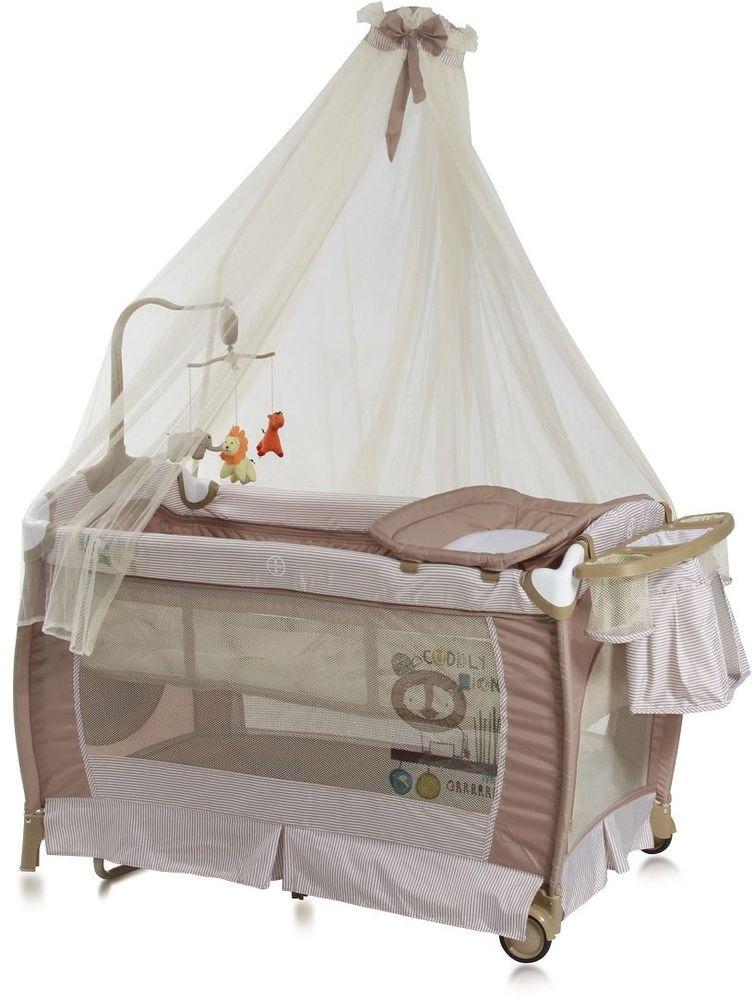 Lorelli Манеж-кроватка SleepNDream Rocker цвет бежевый3800151955665Универсальный дизайн и спокойная цветовая гамма позволит без труда вписать его в интерьер любой детской комнаты.Особенности:Два уровня высоты ложа – верхний для младенцев, нижний от 6 месяцев;Балдахин;Пеленатор;Функция качания;Боковой лаз, который застегивается на молнию;Небольшие колесики для перемещения по полу;Компактные размеры при складывании;Музыкальная карусель с игрушками;Подставка для аксессуаров и мелочей.