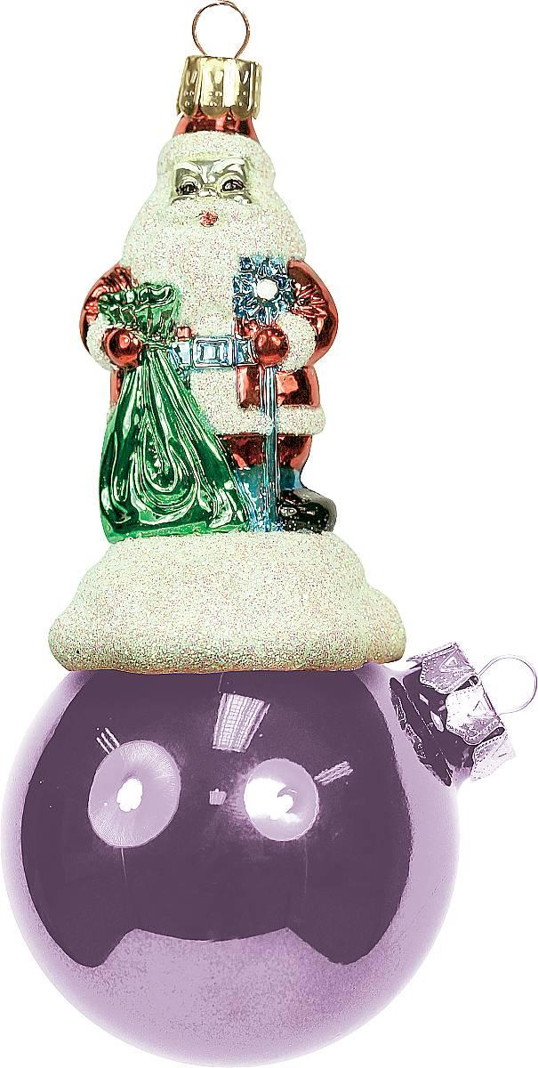 Украшение новогоднее подвесное Mister Christmas Дед Мороз на шаре, цвет: розовый, длина 11 см набор подсвечников mister christmas дед мороз высота 22 5 см 2 шт