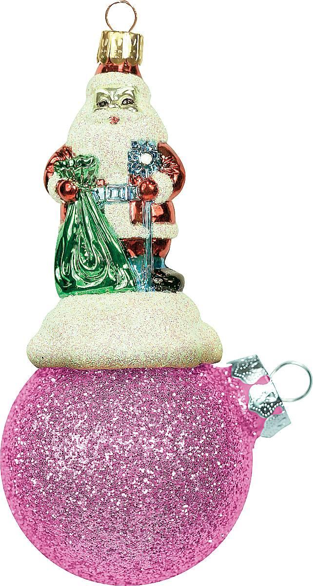Украшение новогоднее подвесное Mister Christmas Дед Мороз на шаре, цвет: розовый, длина 15 см. BD 80-406BD 80-406Подвесное украшение Mister Christmas Дед Мороз нашаре представляет собой весьма оригинальнуюелочную игрушку 2 в 1. Это и классический елочный шар,и миниатюрная фигурка Деда Мороза. Изделиевыполнено из качественного пластика и отличаетсяпрочностью и безопасностью.Украшение Mister Christmas Дед Мороз на шаре - это непросто классическая елочная игрушка. Оно может статьэлементом праздничного декора, если установить наспециальной подставке. В любом случае такая игрушкабудет привлекать внимание и создавать праздничнуюатмосферу в доме или офисе.