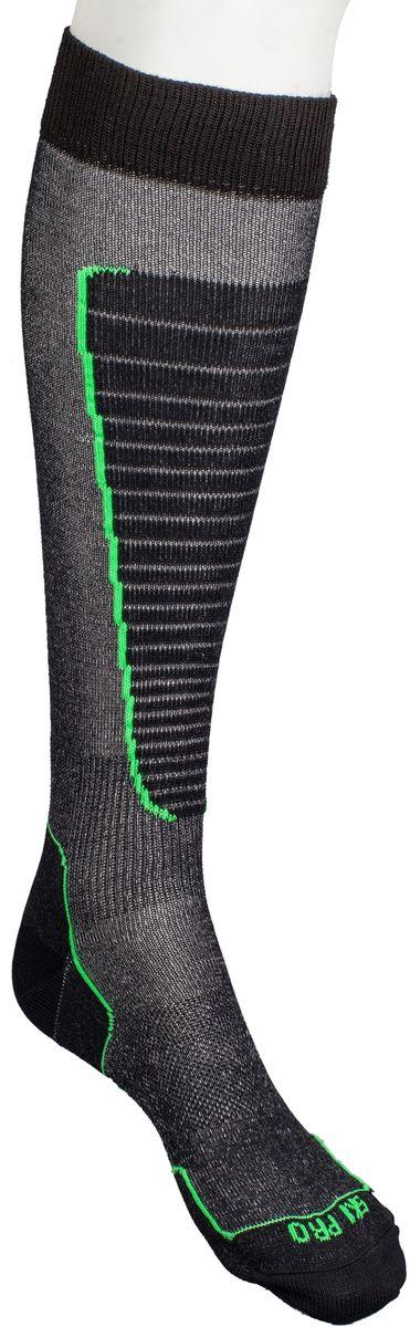 Носки горнолыжные Mico, цвет: черный, зеленый. 230_155. Размер XL (44/46)230_155Итальянская компания Mico один из ведущих производителей носков и термобелья на Европейском рынке для спортом. Носки предназначены для для занятий различными видами в том числе для носки в городе в очень холодную погоду. Носок очень мягкий. Идеально подходит для горнолыжных ботинок с термо-формовкой. Дополнительная защита голени. Мягкая резинка по верху носка не сжимает ногу и не дает ощущения сдавливания даже при длительном использовании. Специальное плетение в области стопы фиксирует ногу при занятиях спортом и ходьбе и не дает скользить стопе вперед.