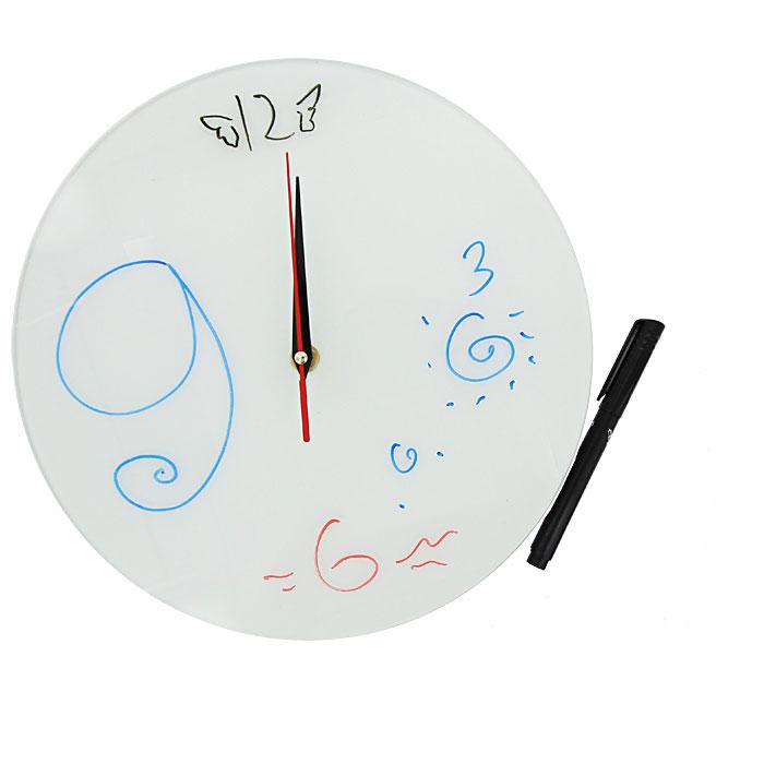 Часы настенные Эврика Нарисуй сам + маркер93382Настенные кварцевые часы Нарисуй сам своим необычным дизайном подчеркнут стильность и оригинальность интерьера вашего дома. Циферблат часов выполнен из стекла белого цвета. В комплект входит черный маркер, с помощью которого вы сможете сами создать дизайн ваших часов. Часы имеют три стрелки - часовую, минутную и секундную. На задней стенке часов расположена металлическая петелька для подвешивания.Такие часы послужат отличным подарком для ценителя ярких и необычных вещей. Характеристики:Материал: стекло, металл. Диаметр часов:28 см. Размер упаковки:30 см х 29 см х 5 см. Изготовитель:Россия. Артикул:93382. Рекомендуется докупить батарейку типа АА (не входит в комплект).