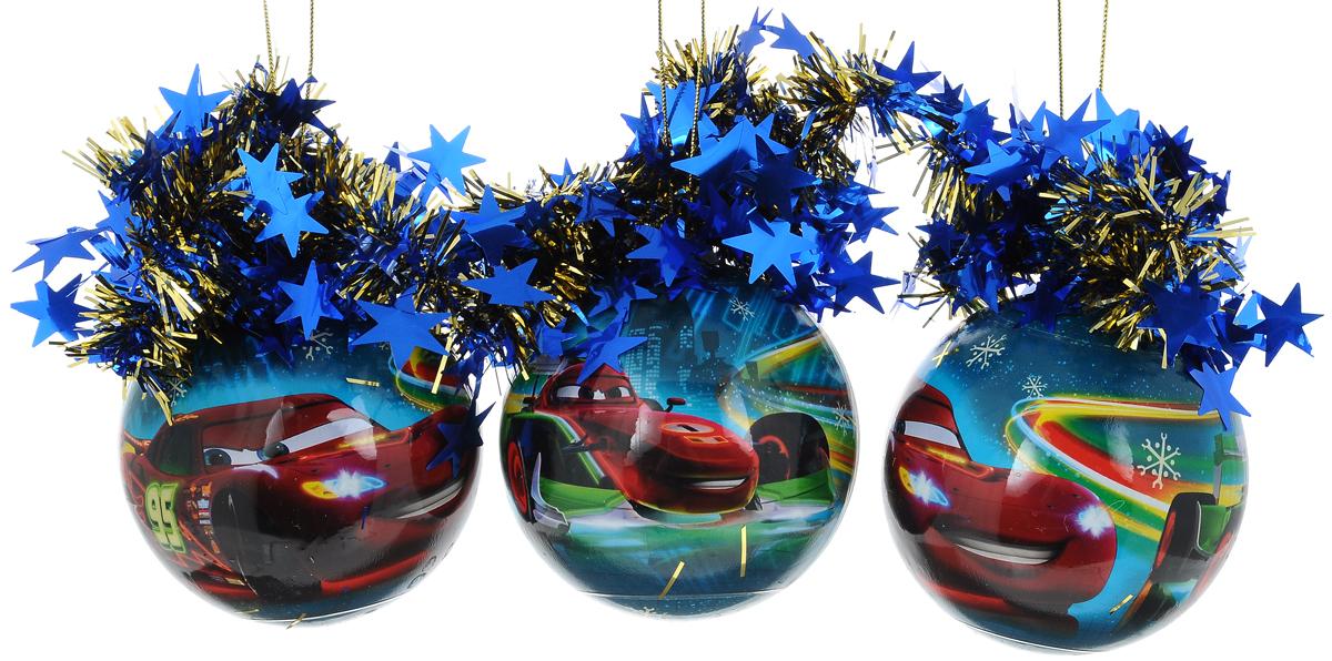 Набор новогодних подвесных украшений Morozco Шары. Тачки, диаметр 8,5 см, 3 штТНД85004Набор подвесных украшений Morozco Шары. Тачки прекрасно подойдет для праздничного декора новогодней ели. Набор состоит из 3 шаров, выполненных из пластика. Изделия оформлены красочным изображением машинки Молния МакКуин из мультфильма Тачки и дополнены мишурой со звездочками. Для удобного размещения на елке для каждого украшения предусмотрена петелька. Елочная игрушка - символ Нового года. Она несет в себе волшебство и красоту праздника. Создайте в своем доме атмосферу веселья и радости, украшая новогоднюю елку нарядными игрушками, которые будут из года в год накапливать теплоту воспоминаний.