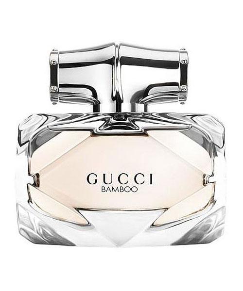 Gucci Bamboo Туалетная вода женская, 50 мл974561Туалетная вода Gucci Bamboo является новым ароматом от всемирно известного Дома Моды и воплощает все прелести современной женщины. В парфюме 2015 года тонко обыграны древесные ноты бамбука, которые одновременно передают нежность, изысканность девушки, переплетаясь с уверенностью и амбициозностью. Яркие компоненты наделяют аромат особой свежестью, присущей поистине молодой телом и душой личности. Лилия и апельсиновый цвет будто напоминают о лете и юности, когда точно начинаешь жить. Бодрящий бергамот дарит заряд энергии, освобождая наружу все тайные желания и мечты. Оригинальный флакон также акцентирует на особенности этого парфюма: нежный розовый оттенок и точные линии передают всю многогранность леди 21 века, уверенной в себе и целеустремленной. Парфюм от Gucci Bamboo Gucci – выбор настоящих женщин, знающих цену времени и молодости. Для любителей пробовать новое и экспериментировать эта туалетная вода станет абсолютным открытием!Краткий гид по парфюмерии: виды, ноты, ароматы, советы по выбору. Статья OZON Гид