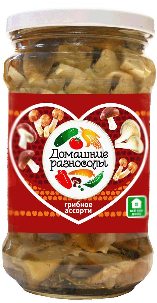 Домашние разносолы грибное ассорти, 314 мл0405212052330000Маринованное грибное ассорти можно подавать к столу в качестве самостоятельной закуски. Помимо того его используют как ингредиент для приготовления салатов, супов, основных блюд и даже выпечки. В Италии маринованное грибное ассорти добавляют в процессе приготовления таких знаменитых национальных блюд, как пицца или паста.Уважаемые клиенты! Обращаем ваше внимание на то, что упаковка может иметь несколько видов дизайна. Поставка осуществляется в зависимости от наличия на складе.