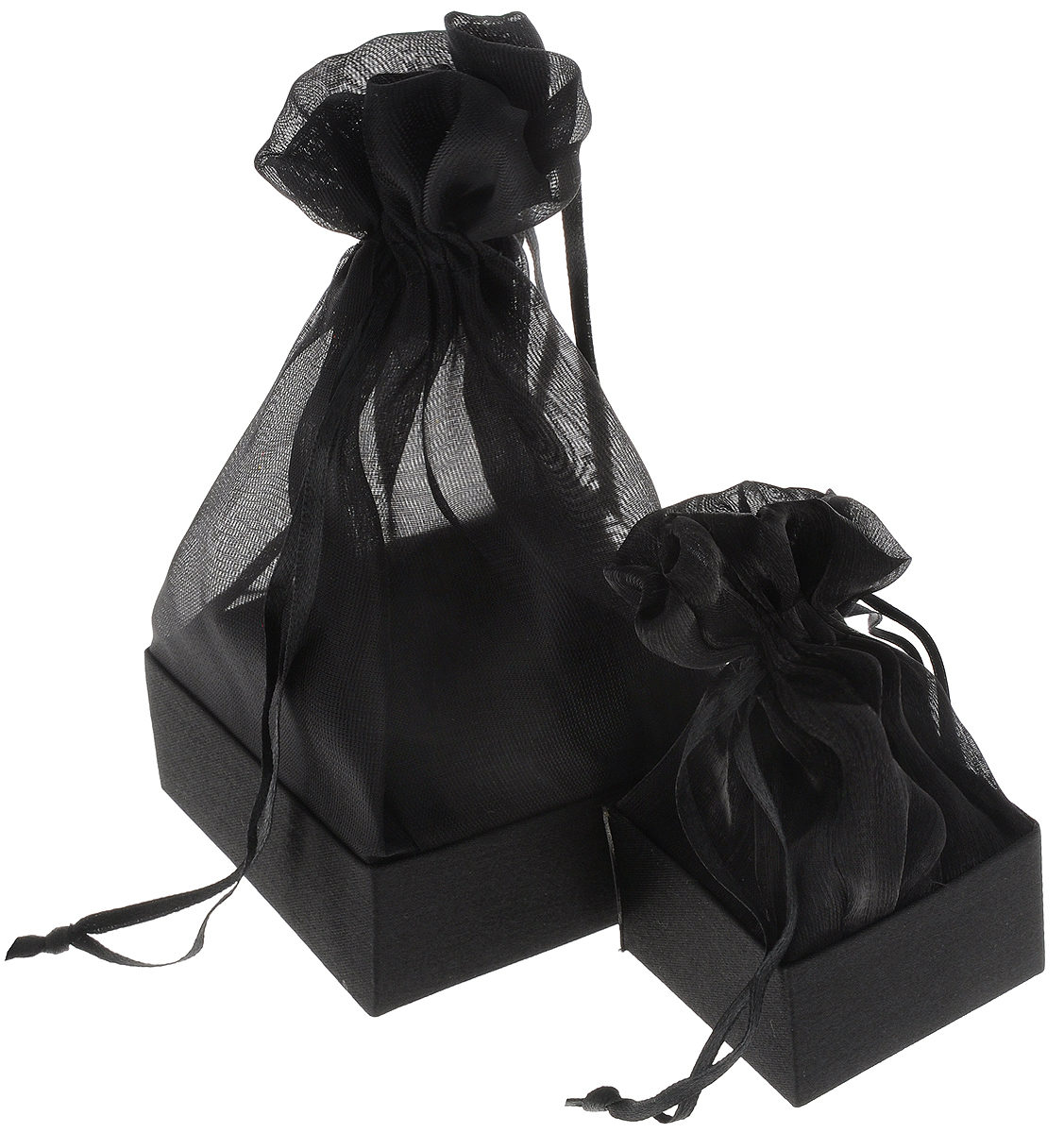 Коробочка для подарка Piovaccari Тиффани, цвет: черный, 7,5 х 7,5 х 16,61898P 19Коробочка для подарка ТИФФАНИ 7,5 х 7,5 х 16 см, PiovaccariPiovaccari Тиффани станет одним из самых оригинальных вариантов упаковки для подарка. Яркий дизайн будет долго напоминать владельцу о трогательных моментах получения подарка.