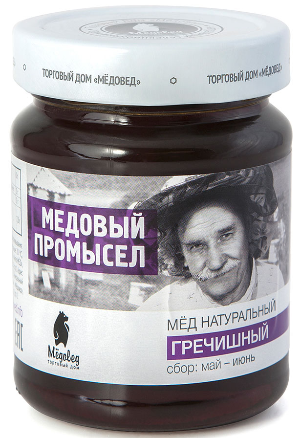 Медовед Медовый промысел мед пчелиный натуральный гречишный, 350 г4602009354939Выгодными отличиями гречишного медаМедоведот других сортов являются насыщенный, терпкий, горьковатый вкус и благородный тёмный оттенок. Особый состав этого продукта обеспечивает его быструю кристаллизацию, благодаря которой консистенция становится тягучей, карамельной. Мед очень аппетитно выглядит, имеет яркий приятный аромат. Несомненным достоинством гречишного мёда является его повышенная биологическая активность. Он буквально обжигает язык, потому что обладает антибактериальными свойствами. Этот продукт широко используется для лечения простуды, гриппа и для укрепления иммунной системы.Целебные сорта мёда. Статья OZON Гид