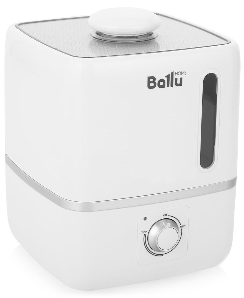 Ballu UHB-310 ультразвуковой увлажнитель воздухаНС-1091330Ультразвуковой увлажнитель воздуха Ballu UHB-310 создает мягкое увлажнение и обеспечивает благоприятный микроклимат в доме. Плавные формы, удобное и интуитивно понятное управление позволяют пользоваться прибором людям всех возрастов.Капсула для ароматических масел поможет наполнить комнату любимым ароматом. Правильная влажность в комнате и ароматерапия благоприятно влияют на самочувствие и сон человека.Прибор прост и удобен в эксплуатации- для увлажнения можно заливать водопроводную воду. Благодаря входящему в комплект фильтру-картриджу, вода очищается от излишков солей жесткости. Противоскользящие резиновые ножки препятствуют скольжению прибора и предохраняют поверхности от повреждений.Фильтр предварительной очистки воздуха очищает воздух от крупных фрагментов пыли и защищает внутренности прибора от загрязнения.Распылитель 360°Фильтр-картридж в комплектеИндикация низкого уровня водыКапсула для ароматических маселФильтр предварительной очистки воздухаПротивоскользящие резиновые ножки
