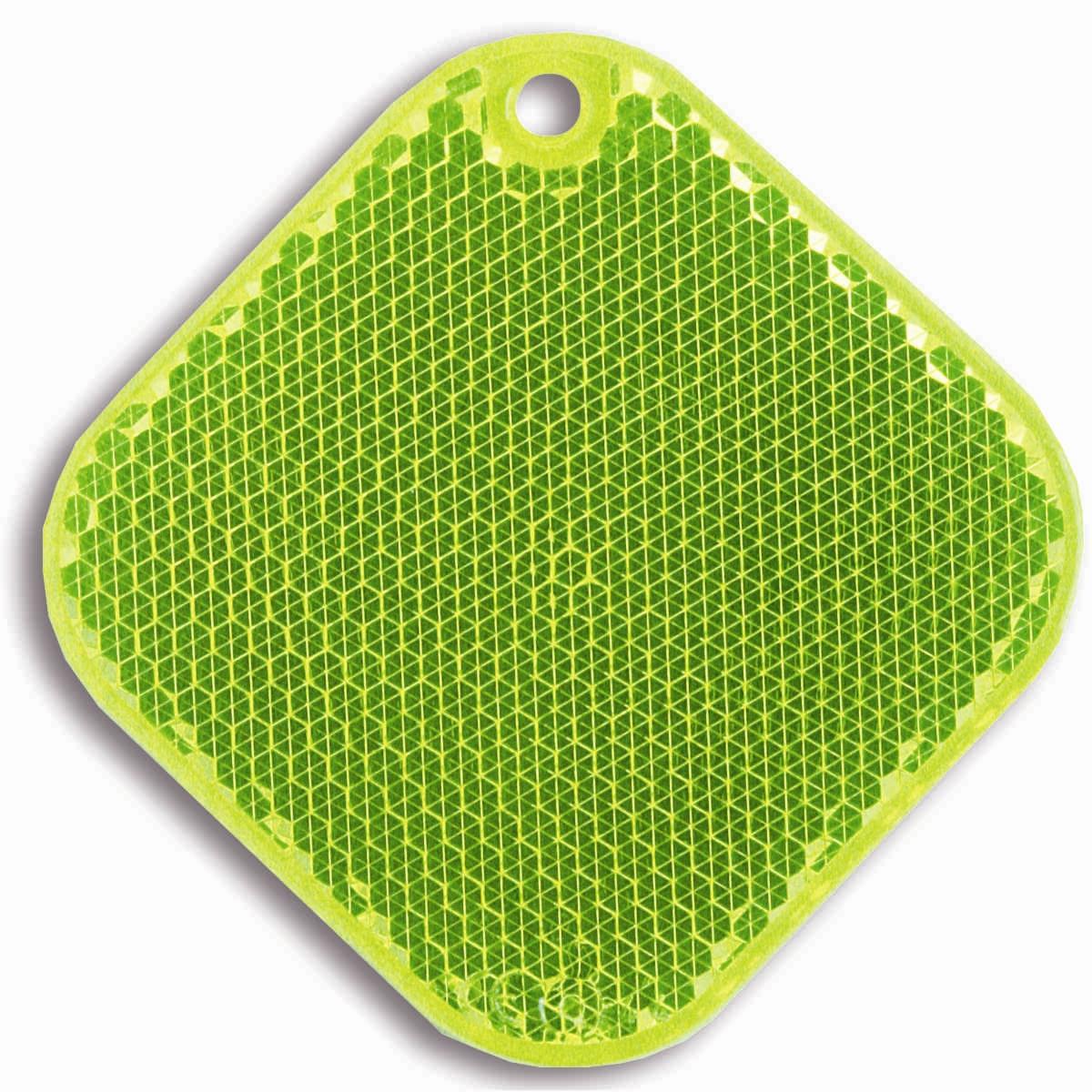 Светоотражатель пешеходный Coreflect Ромб, цвет: желтый118704Пешеходный светоотражатель — это серьезное средство безопасности на дороге. Использование светоотражателей позволяет в десятки раз сократить количество ДТП с участием пешеходов в темное время суток. Светоотражатель крепится на одежду и обладает способностью к направленному отражению светового потока. Благодаря такому отражению, водитель может вовремя заметить пешехода в темноте, даже если он стоит или двигается по обочине. А значит, он успеет среагировать и избежит возможного столкновения. С 1 июля 2015 года ношение светоотражателей вне населенных пунктов является обязательным для пешеходов! Мы рекомендуем носить их и в городе! Для безопасности и сохранения жизни!