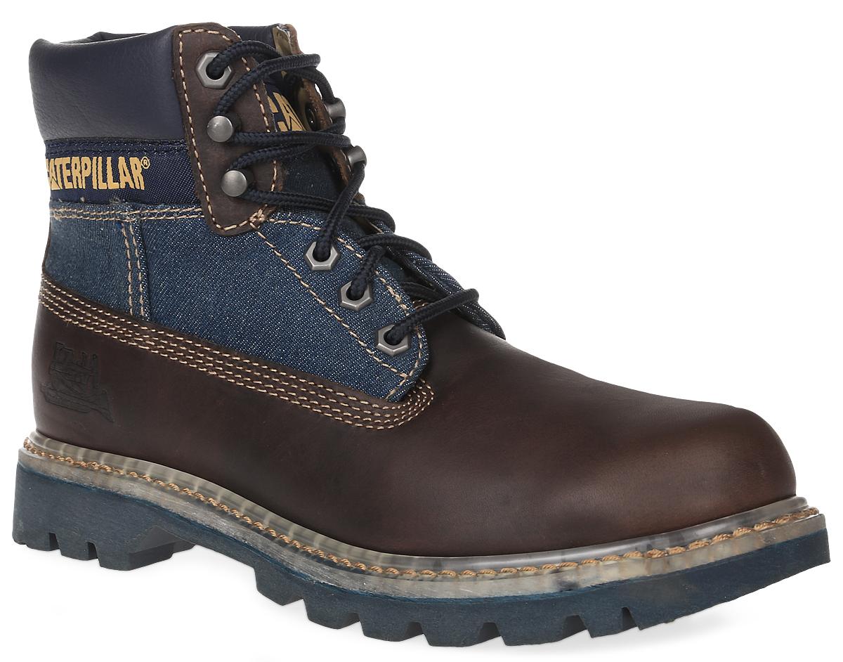 Ботинки мужские Caterpillar Colorado Jeans, цвет: коричневый, джинсовый. P716087. Размер 12 (45)P716087Стильные мужские ботинки Colorado Jeans от Caterpillar надежно защитят вас от холода. Верх выполнен из натуральной кожи со вставками из джинсы и полиуретана. Подкладка изготовлена из мягкого текстильного материала, позволяющего сохранять ваши ноги в тепле. Шнуровка надежно фиксирует модель на ноге. Оформлено изделие по бокам и на язычке нашивками с названием и логотипом бренда, а сбоку на пятке - тиснением в виде бульдозера. Стельки из EVA обеспечивают комфортное положение стопы и амортизацию. Резиновая подошва с крупным протектором обеспечивает хорошее сцепление с поверхностью. В модели использована конструкция Coodyear Welt с добавлением каучука - успех долговечности ботинка. Такие ботинки отлично подойдут для каждодневного использования и подчеркнут ваш стиль и индивидуальность.